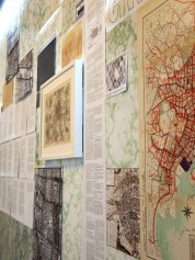 The Continuous Cities – Wall Archive / 2015 / 500x300cm / marble adhesive film, pictures, maps and texts